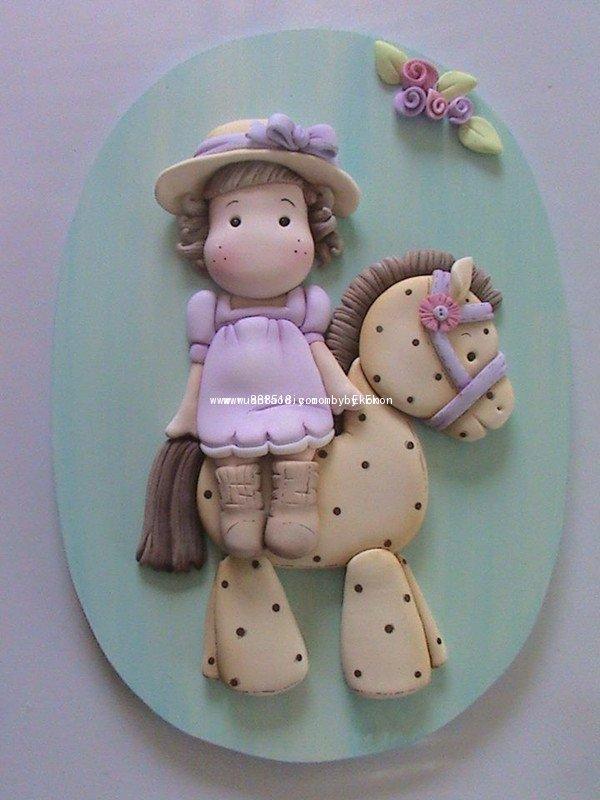 超轻粘土女孩骑小马手工创意作品