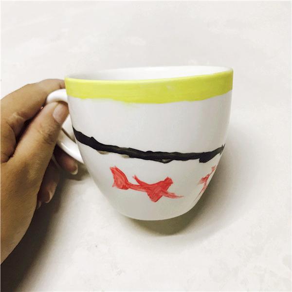 diy手工制作店分享漂亮的陶土diy可爱童趣杯子